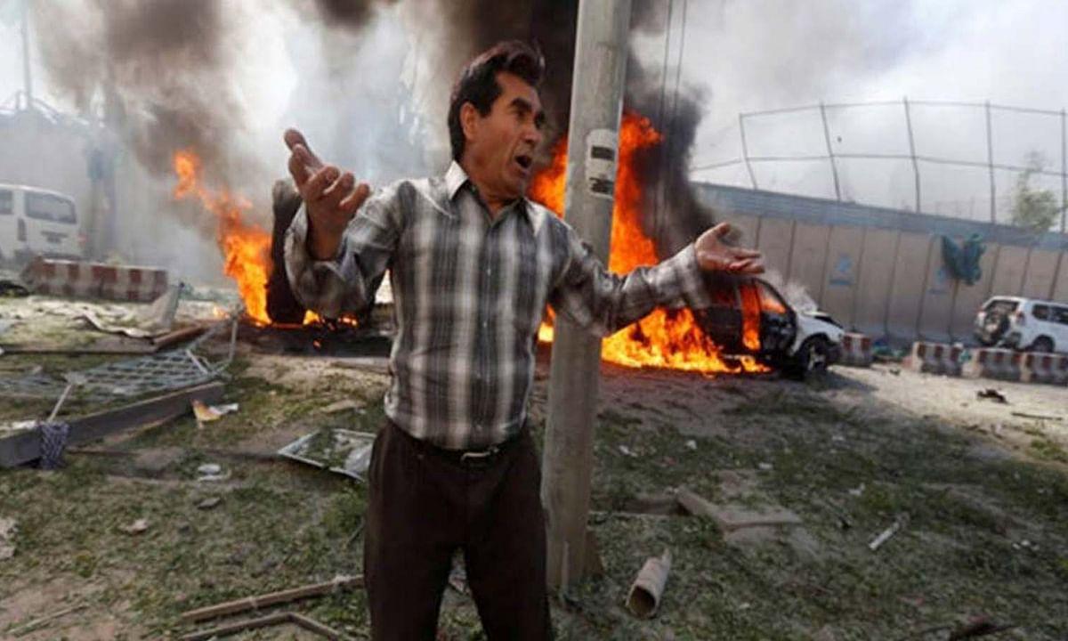बम विस्फोट से दहला अफगानिस्तान, 3 पुलिस अधिकारियों की मौत
