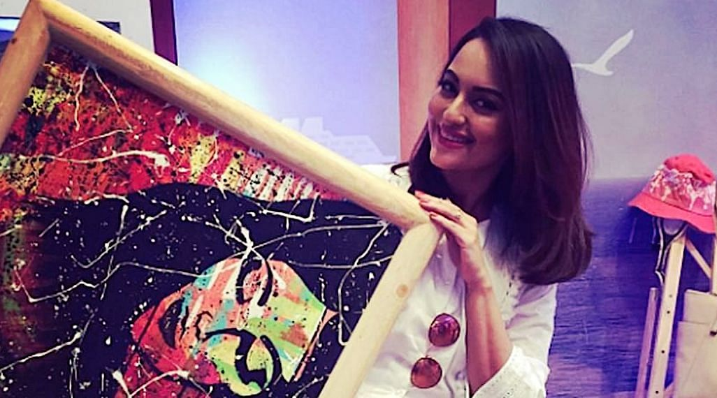 Sonakshi Sinha Help For Daily Wages Workers