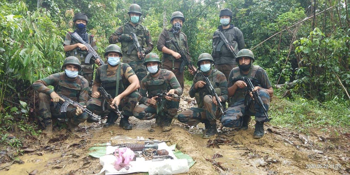 अरुणाचल प्रदेश में सुरक्षा बलों ने हथियार और गोला बारुद बरामद किए