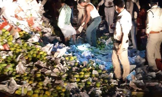 मप्र के नरसिंहपुर में बड़ा हादसा, ट्रक पलटने से 5 मजदूरों की मौत