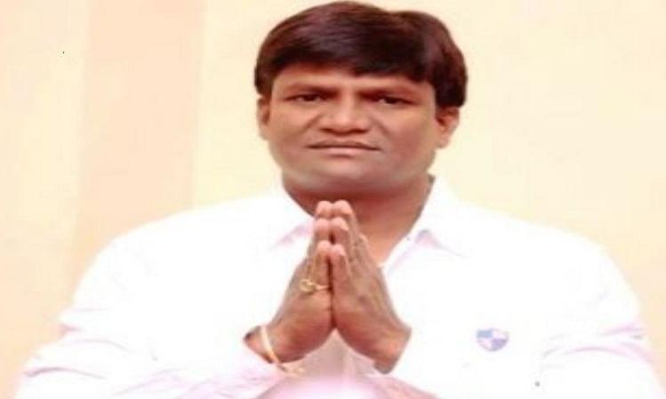 झारखंड में भाजपा विधायक ढुल्लू महतो ने किया आत्मसमर्पण