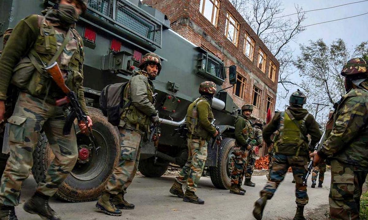 उरी: संघर्ष विराम का उल्लंघन कर पाक सेना ने की गोलाबारी-3 नागरिक घायल