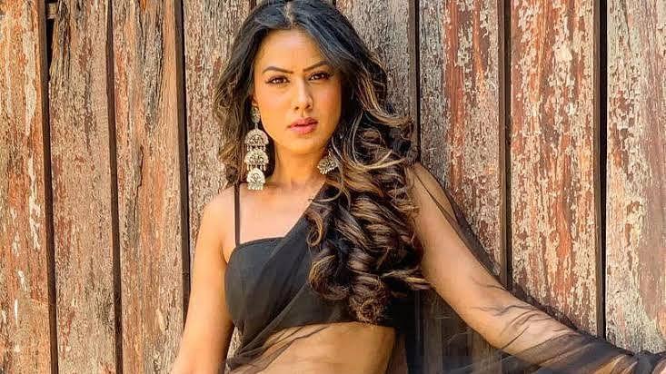 Naagin 4 Shooting: तीन महीने बाद नागिन 4 के सेट पर पहुंची निया शर्मा