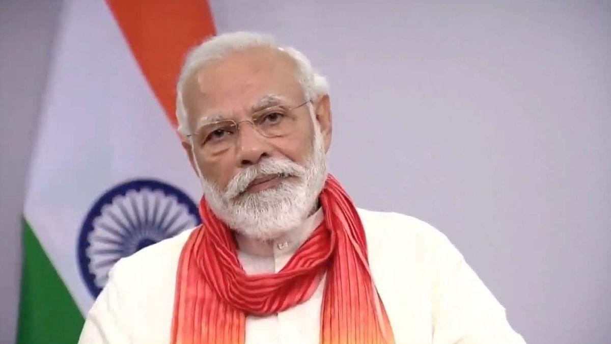 कोरोना काल में PM मोदी ने बताया योग का खास महत्व