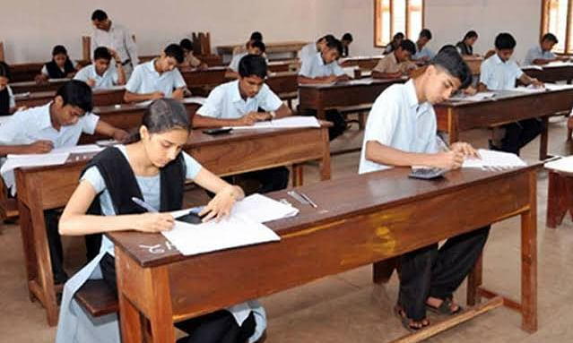 चेन्नई: हाई कोर्ट ने नहीं दी दसवीं की बोर्ड परीक्षा के लिए अनुमति