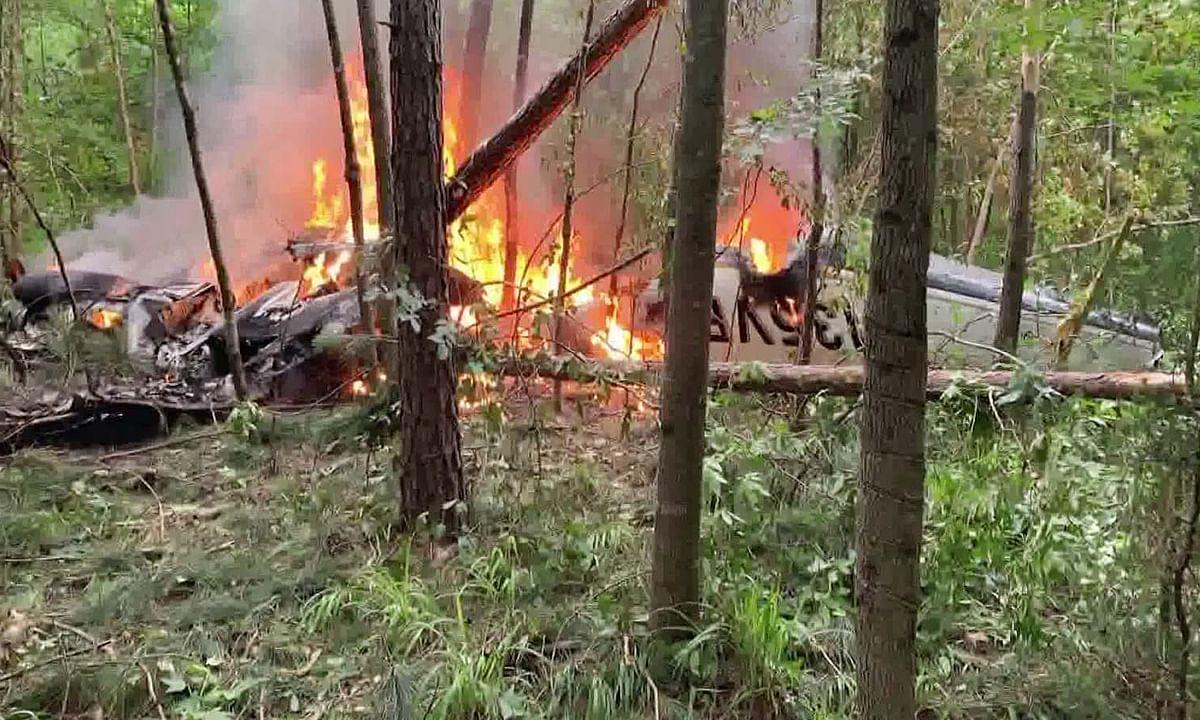 अमेरिका: जॉर्जिया में दुर्घटनाग्रस्त हुआ विमान आग की लपटों में घिरा
