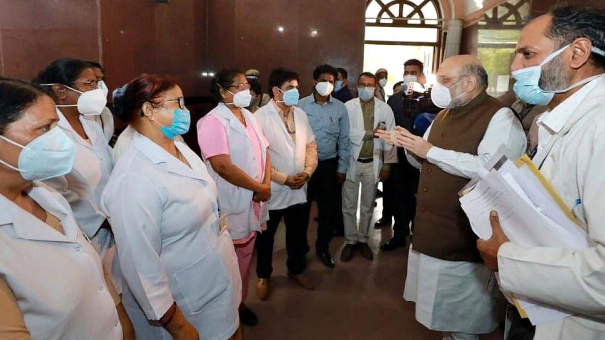 दिल्ली: कोरोना के सबसे बड़े अस्पताल LNJP का शाह ने किया औचक निरीक्षण