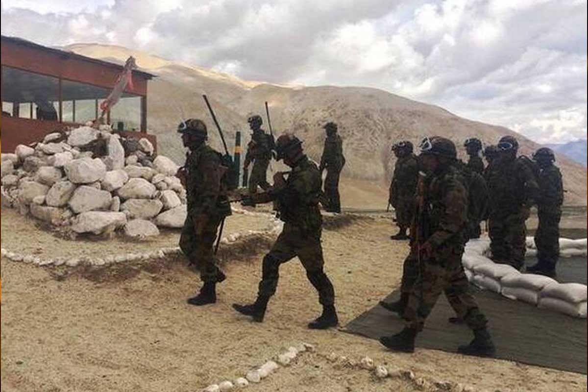 लद्दाख में बदला माहौल-चीनी सैनिक झड़प वाली जगह से पीछे हटने को मजबूर
