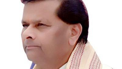 देश के 110 करोड़ हिंदुओं से माफी मांगे कांग्रेस: पवैया