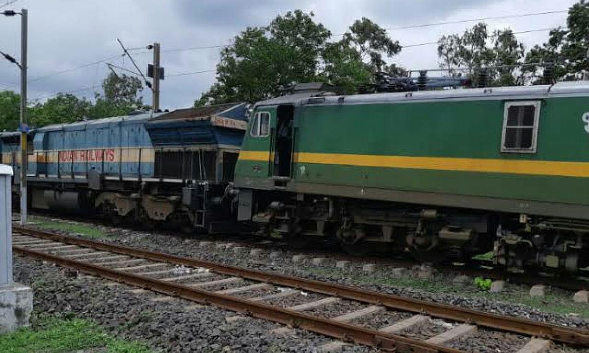 घटना तत्काल की: बीना रेलवे ट्रैक पर एक दूसरे से टकराए इंजन, मचा हड़कंप