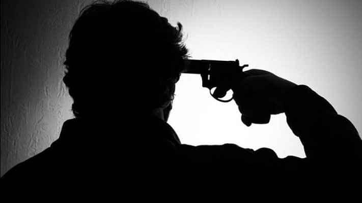 हेड कांस्टेबल के बेटे ने लाइसेंसी बंदूक से खुद को गोली मारकर की आत्महत्या