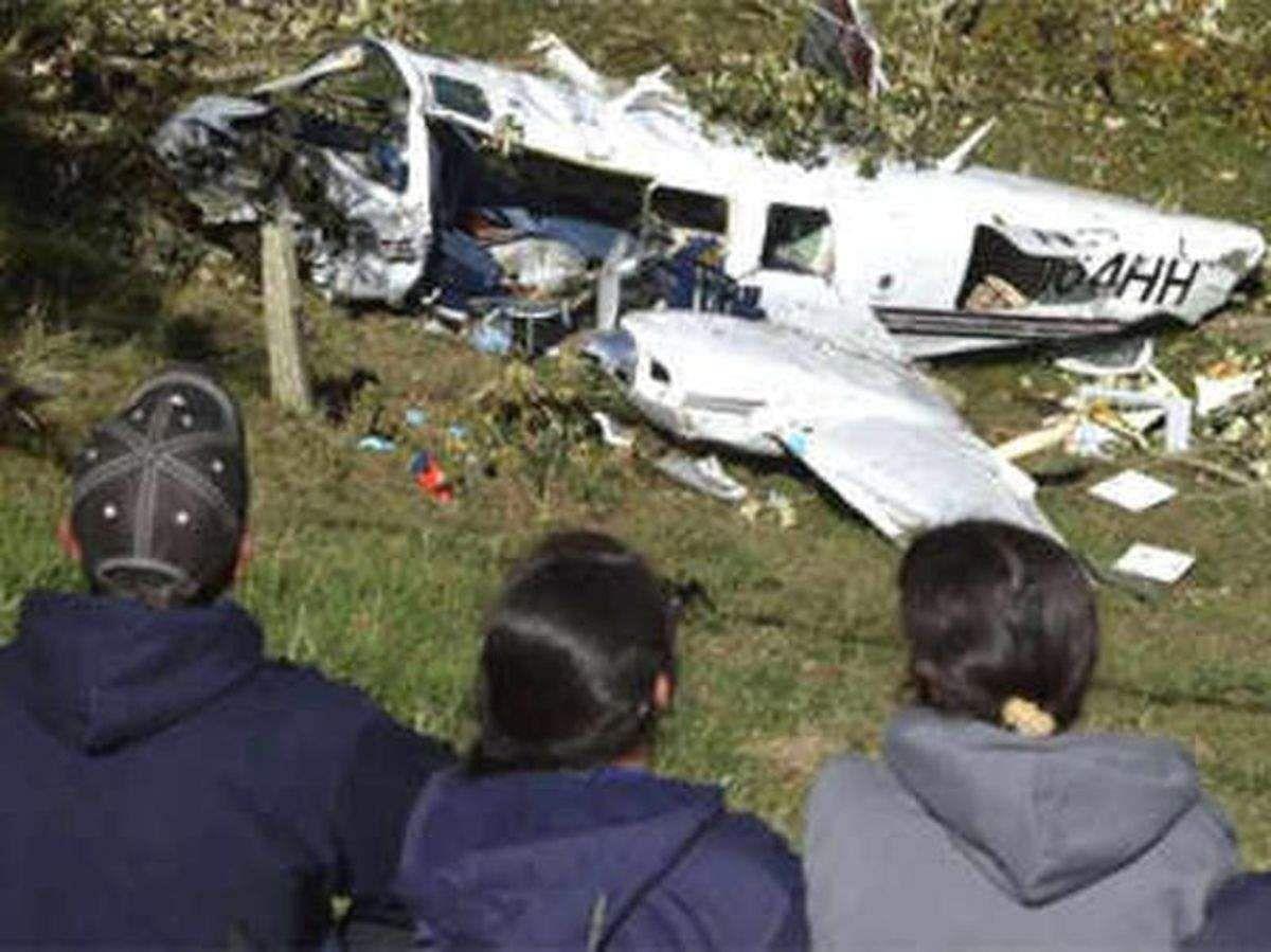 अमेरिका में विमान दुर्घटनाग्रस्त