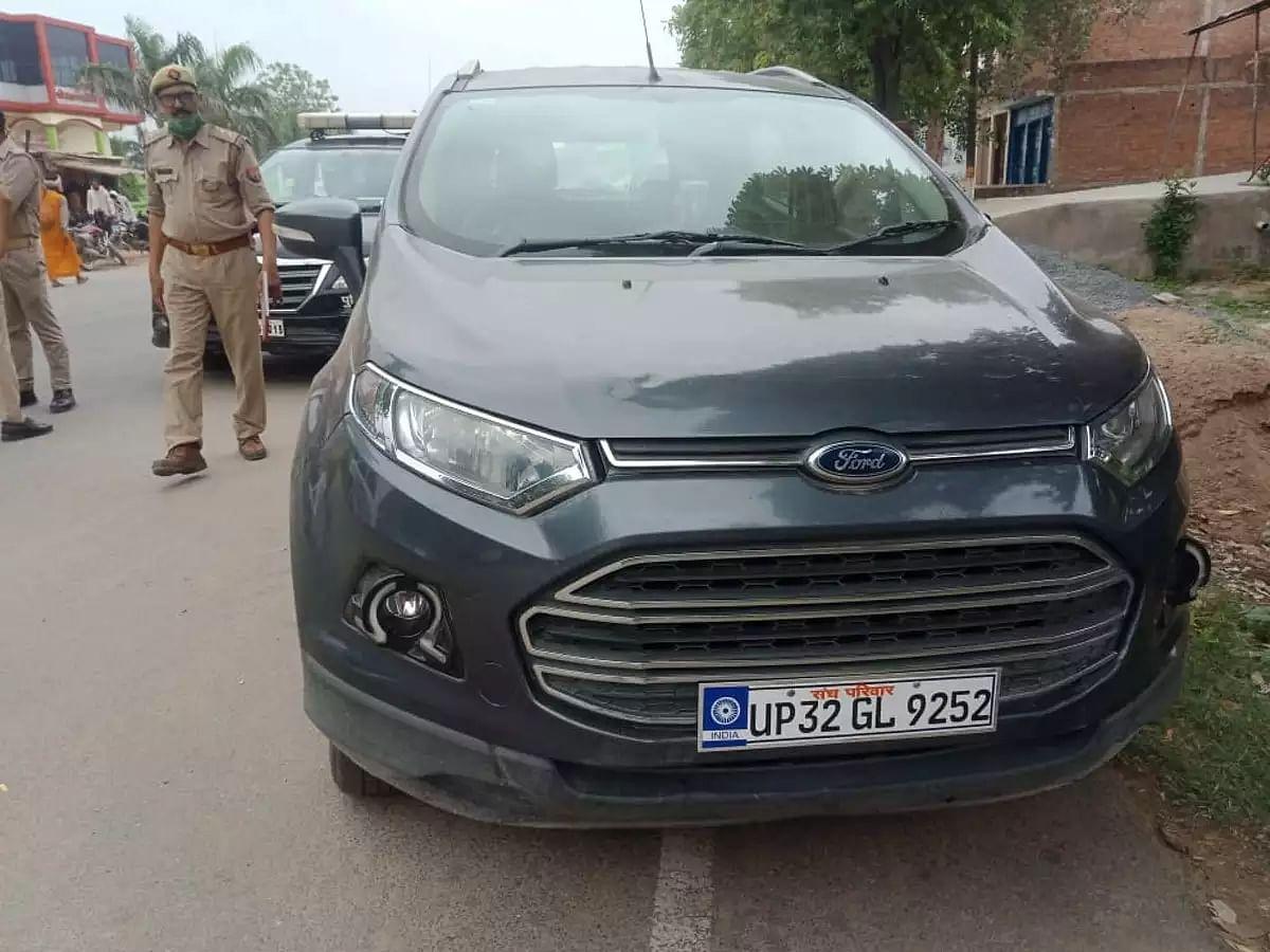 औरैया में लावारिस कार बरामद - विकास दुबे के UP से भागने की आशंका