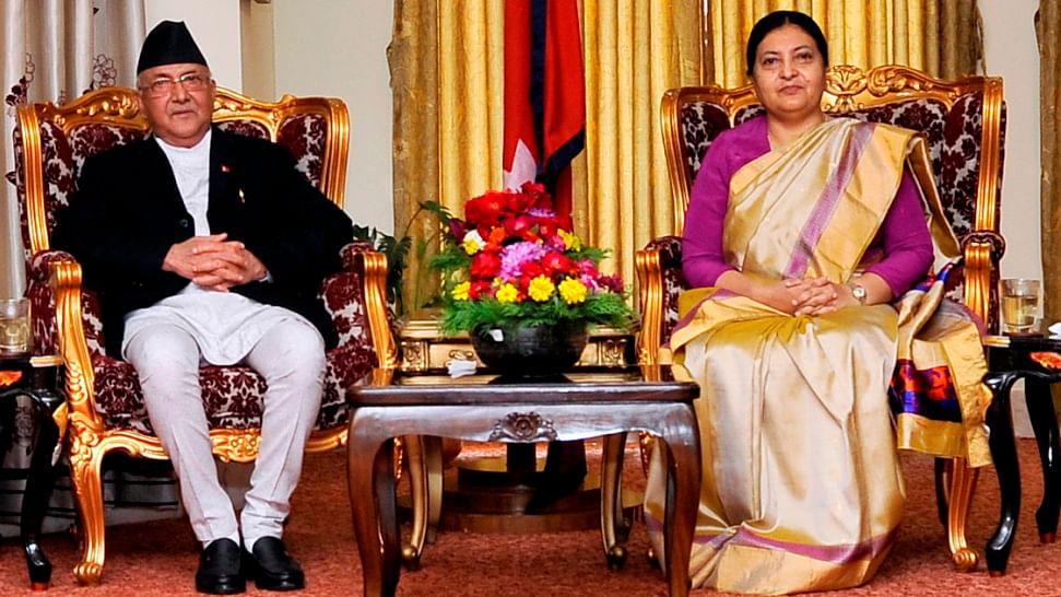 नेपाल में हलचल तेज-ओली ने राष्ट्रपति से मुलाकात कर बुलाई इमरजेंसी बैठक