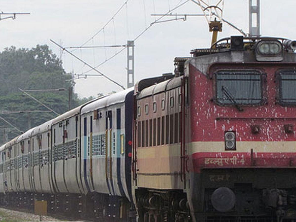 प्राइवेट ट्रेनों में मिलेगी फ्लाइट जैसी सुविधा