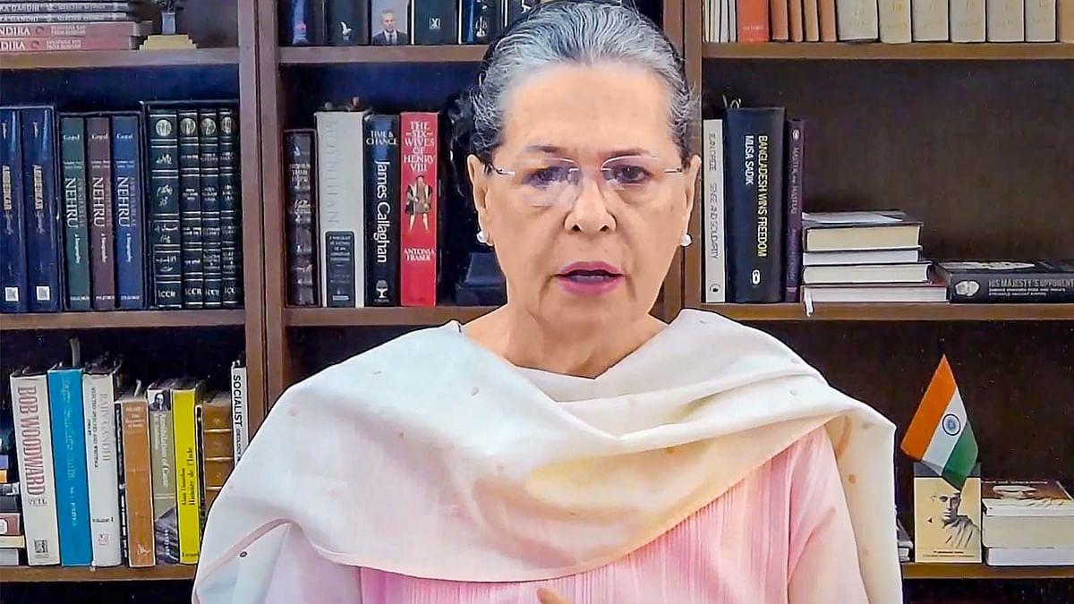 कांग्रेस के 23 नेताओं ने सोनिया को पत्र लिखकर की बड़े बदलाव की मांग