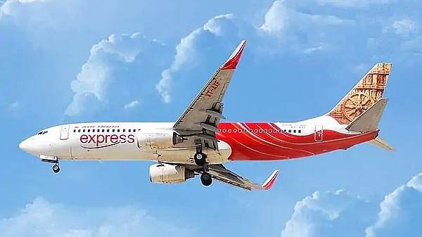 दुबई में Air India Express की उड़ानों पर लगी 15 दिनों के लिए रोक