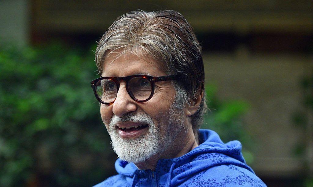अमिताभ बच्चन ने सोशल मीडिया पर मांगा काम, फैन ने दिया जॉब ऑफर