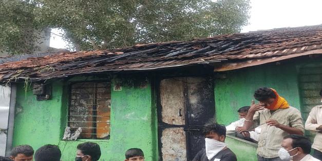 हादसा: शार्ट सर्किट के कारण घर में लगी आग, बालक पर गिरी जलती छत, हुई मौत