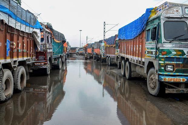 ग्वालियर : 10 अगस्त से थम सकते हैं ट्रकों के पहिए