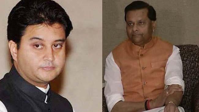 BJP नेता पवैया ने बिना नाम लिए सिंधिया पर बोला हमला