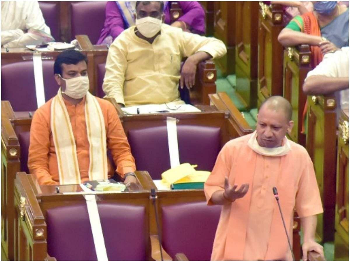 CM योगी ने दिल्ली-UP का कोरोना आंकड़ा पेश