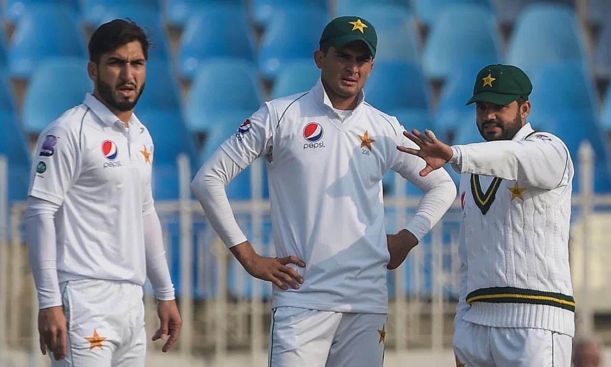 देखें कैसे विंडीज, आयरलैंड, पाकिस्तान संग मेजबान कप्तान ने तोड़े नियम!