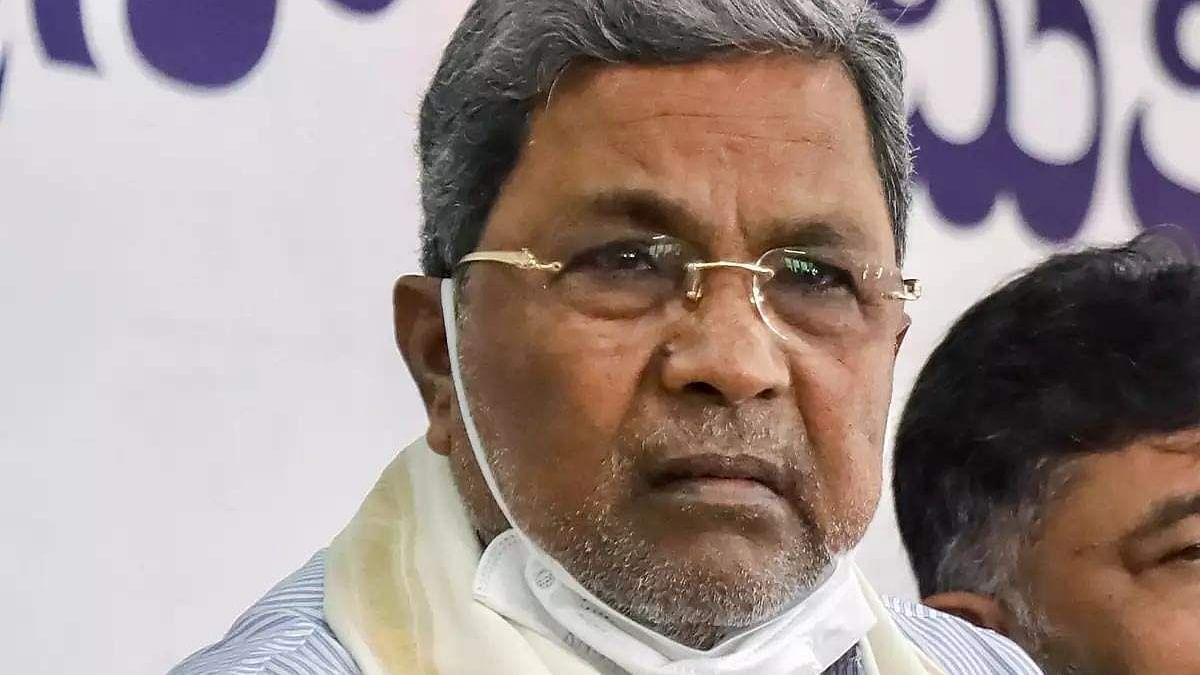 कर्नाटक के CM के बाद अब पूर्व CM सिद्धारमैया कोरोना संक्रमित