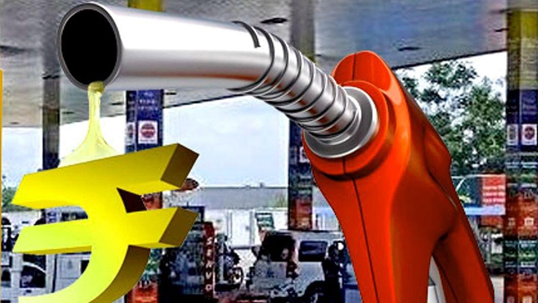 कई दिनों के बाद Petrol की कीमतें तो बढ़ीं, लेकिन डीजल की कीमत रहीं स्थिर