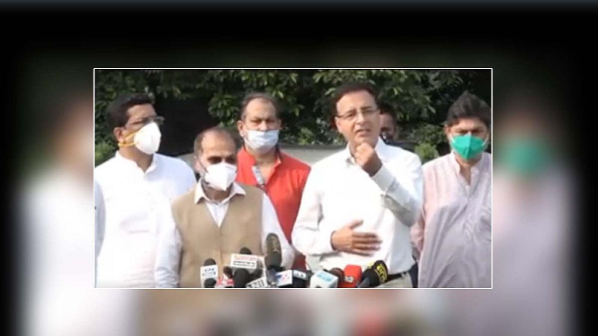 संसद में राजनाथ सिंह के बयान पर कांग्रेस हमलावर- सुरजेवाला ने पूछे सवाल