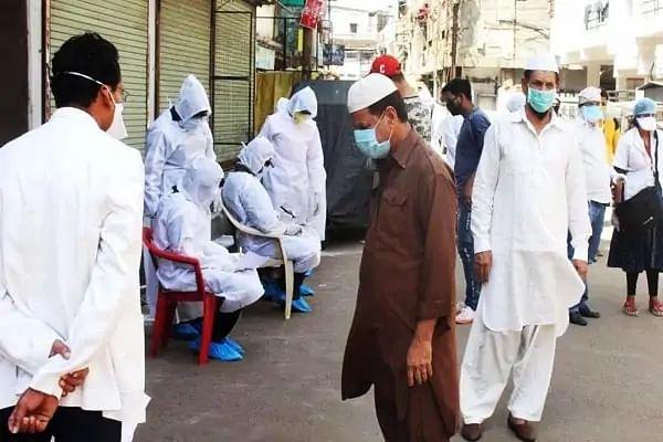 कानपुर: सुफ्फा मस्जिद से पकड़े गए आठ विदेशी जमाती हुए रिहा