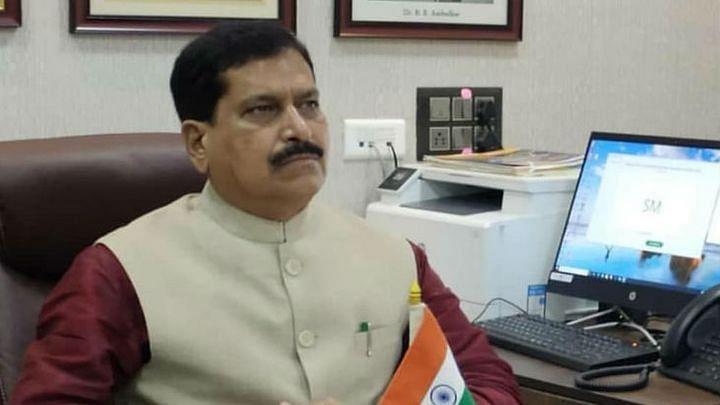 कर्नाटक: रेल राज्य मंत्री सुरेश अंगड़ी का कोरोना के चलते निधन