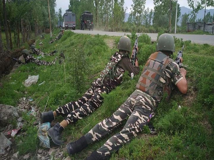 कश्मीर के राजौरी में सेना ने लश्कर के 6 आतंकियों को मार गिराया