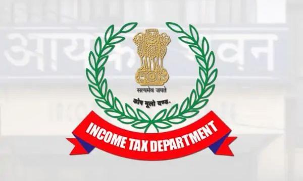 Income tax department got 450 crore undisclosed income from raids in Tamil Nadu