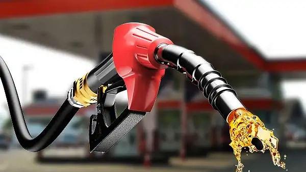 पेट्रोल-डीजल की कीमतों में 20-25 पैसे की वृद्धि
