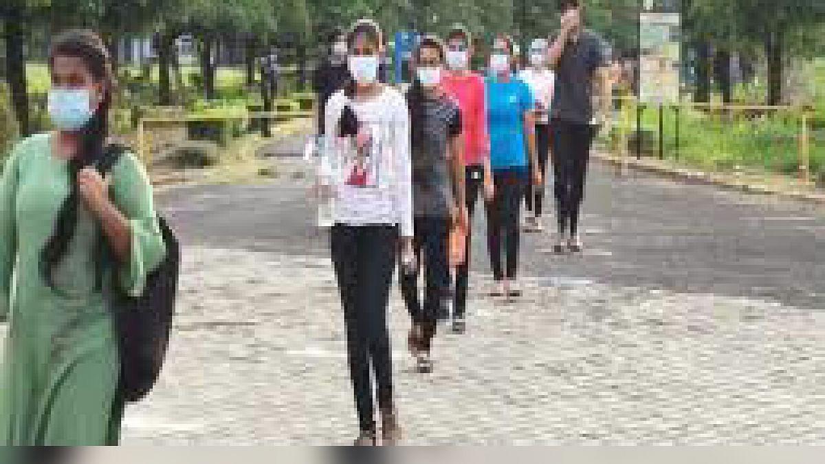 भोपाल: नीट परीक्षा में आज करीब 10 हजार छात्र होंगे शामिल