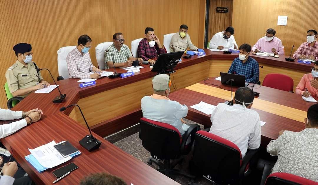 नरसिंहपुर में संक्रमण रोकने के लिए जिला आपदा प्रबंधन समिति ने लिए अहम फैसले