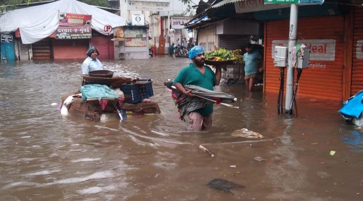 मुंबई में फिर आफत की बारिश- मायानगरी के इलाकों की सड़कों पर पानी का कब्जा