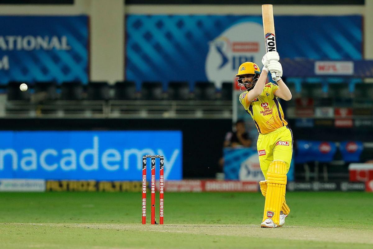 दो गेंदों में दो छक्के जड़कर रविन्द्र जडेजा ने कोलकाता के हाथ से जीत छीन ली