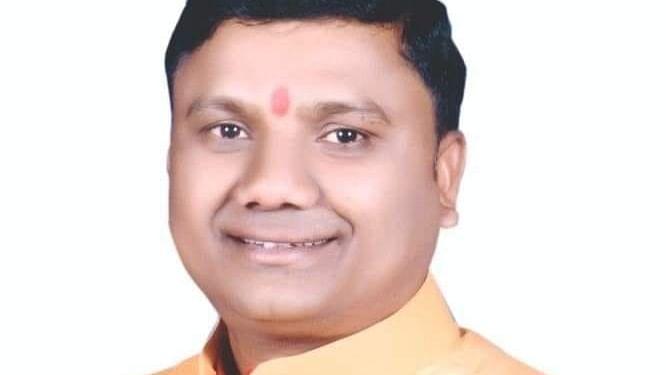 पैरोल पर छूटकर मंत्री रामकिशोर कांवरे का भाई अपराधिक गतिविधियों में संलग्न