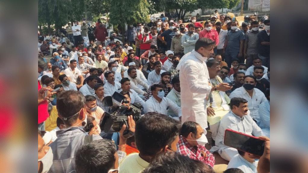 धरना-प्रदर्शन करने केस में नेता पटवारी सहित 200 कांग्रेसियों पर FIR दर्ज