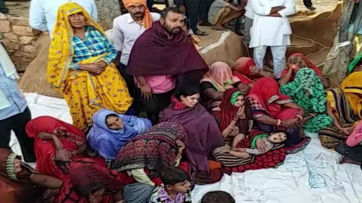 राजस्थान पुजारी हत्या:मांग पूरी करने पर अड़ा परिवार-नहीं कर रहा दाह संस्कार