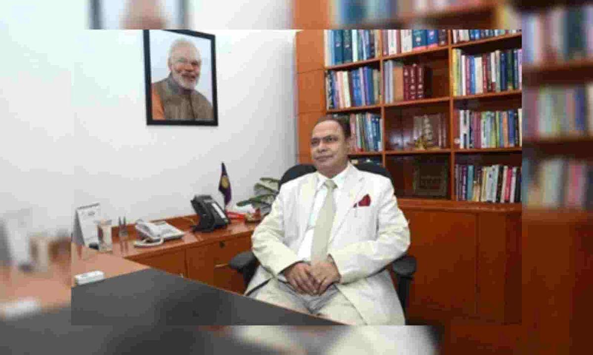 दिल्ली यूनिवर्सिटी के वाइस चांसलर को राष्ट्रपति ने किया सस्पेंड