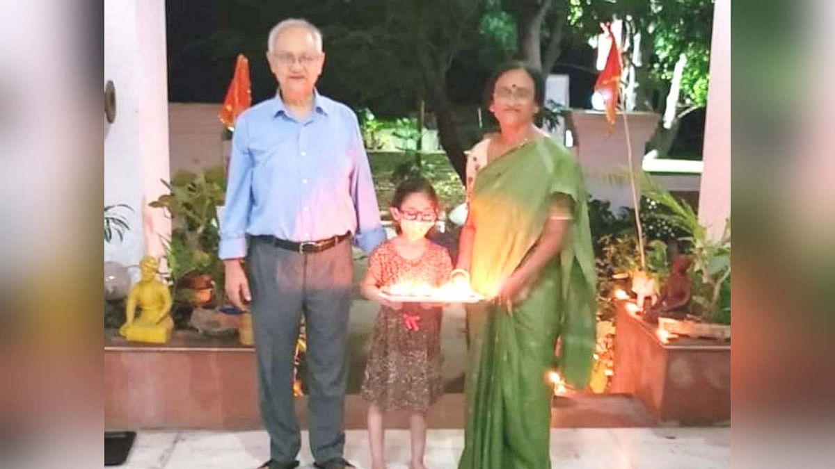 UP: पटाखे जलाते वक्त लापरवाही से BJP सांसद रीता बहुगुणा की पोती की मौत