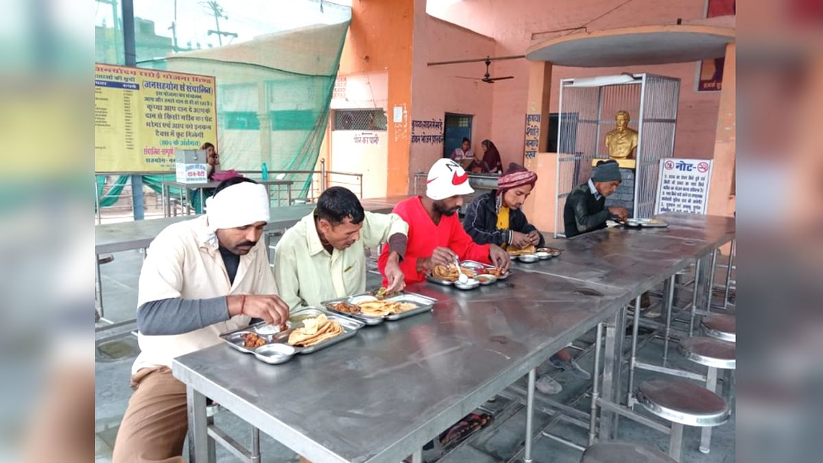 भोपाल में गरीबजनों के लिए शुरू होगी दीनदयाल रसोई, CM शिवराज करेंगे उद्घाटन