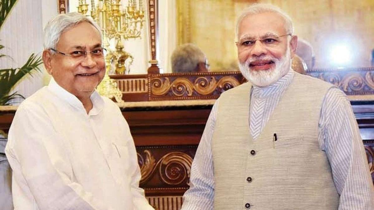 बिहार के CM पद की शपथ के बाद नीतीश कुमार को बधाई देने का तांता