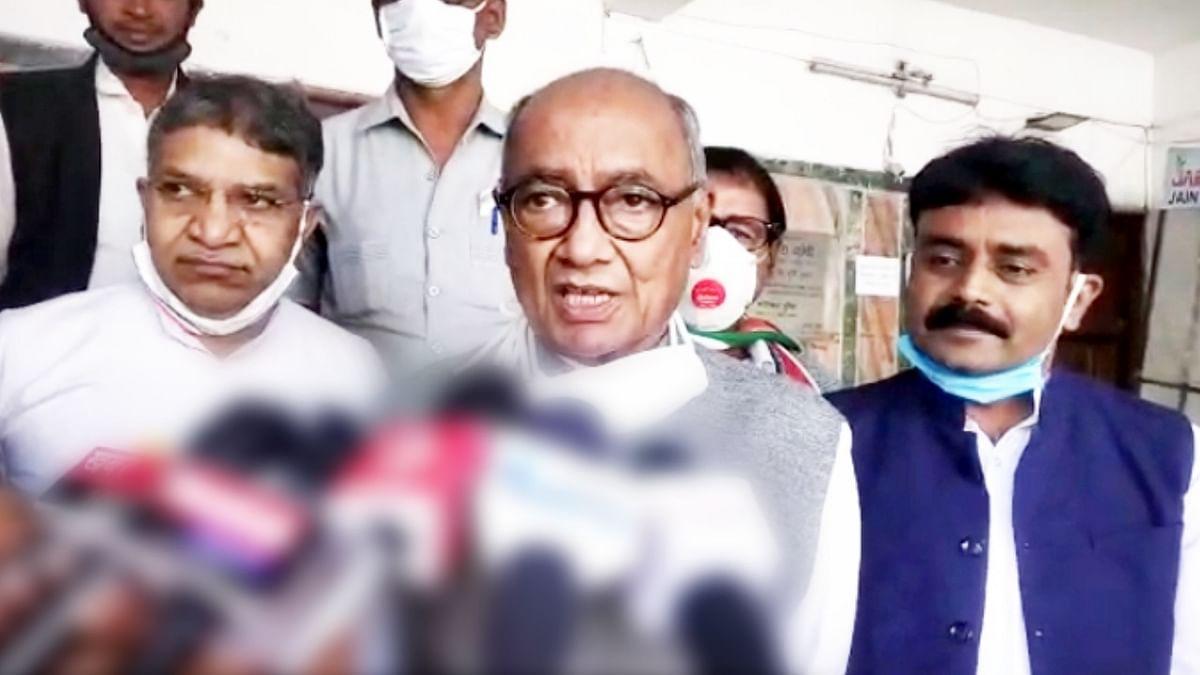 मीडिया के समक्ष पूर्व CM दिग्गी का बयान, कहा- विश्वास है कि जीतेगा लोकतंत्र