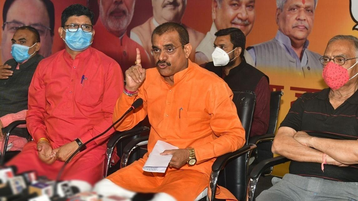 MP: कांग्रेस विधायक ने आतंकवाद के समर्थन में भोपाल में प्रदर्शन किया- शर्मा