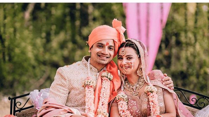 'मिर्जापुर 2' फेम प्रियांशु पैनयुली ने की वंदना जोशी से शादी, देखें फोटोज