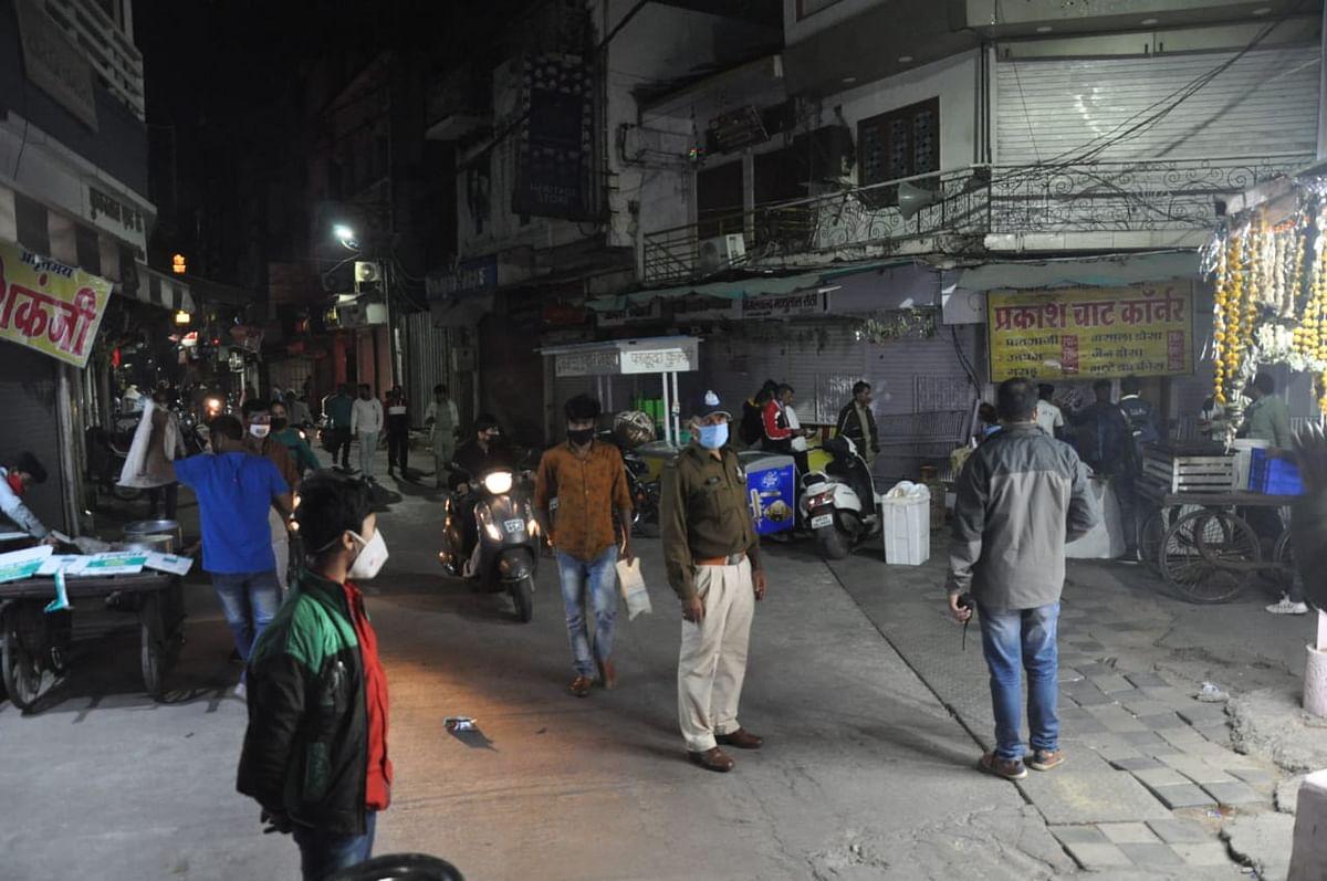 इंदौर : रात 10 बजे से पुलिस की सख्ती हुई शुरू